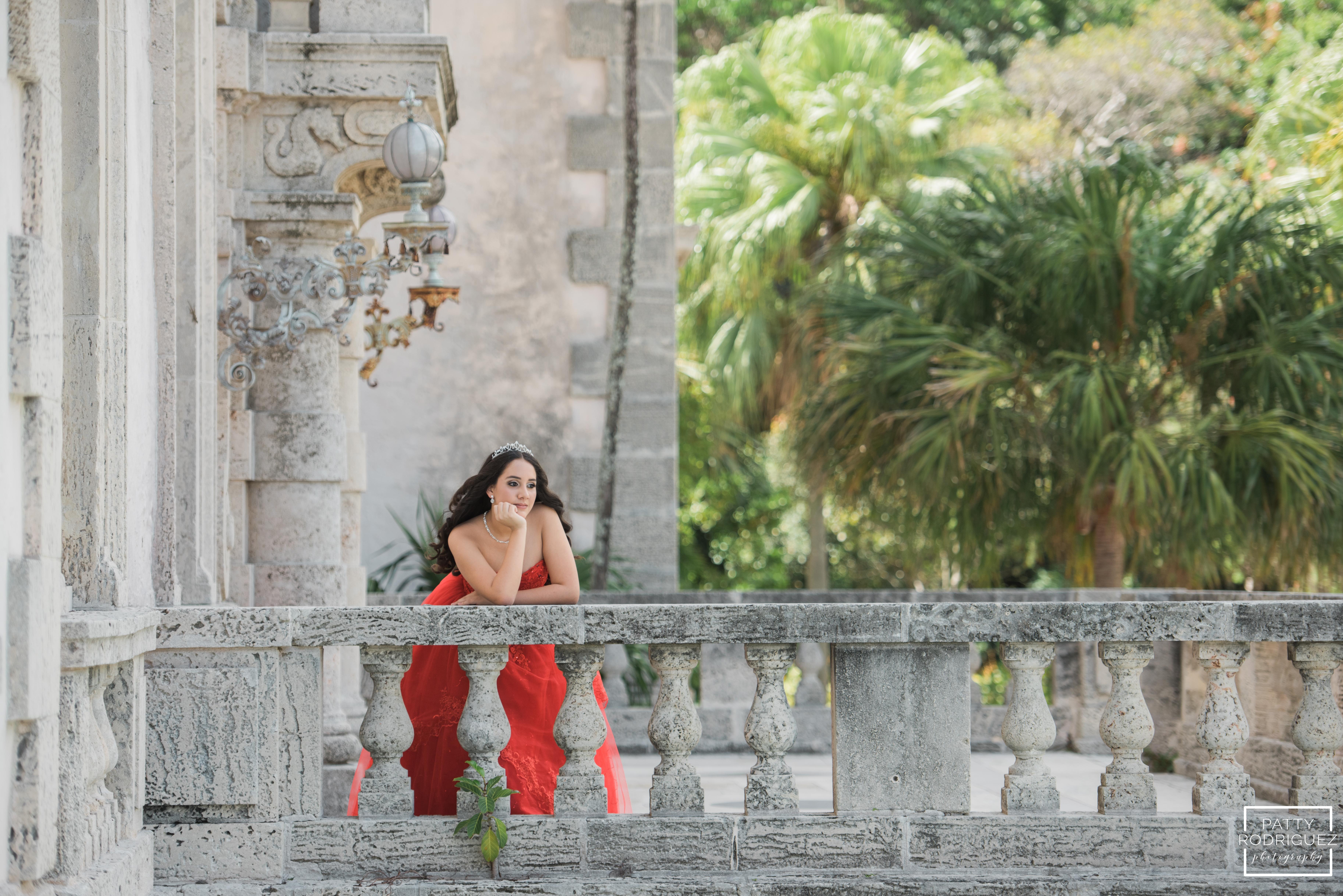 Quinceanera Fotos en Vizcaya Miami